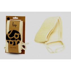 Ryggskrubbare/ryggtvätt 2 som är försedd med handtag 11x62cm